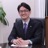 代表社員の佐藤広一です。